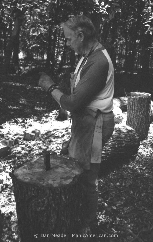 Keith Allen wood splitting lesson, #1