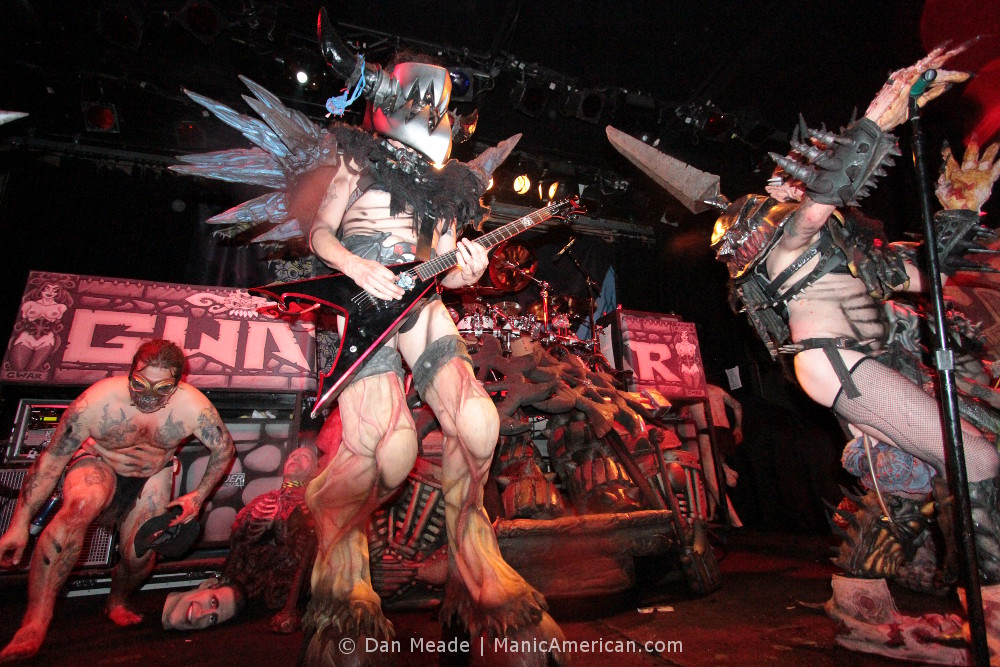 Balsac and Oderus on stage.